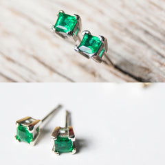Emerald and gold ear studs
