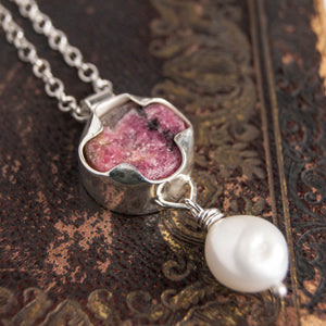 Rhodolite and pearl pendant