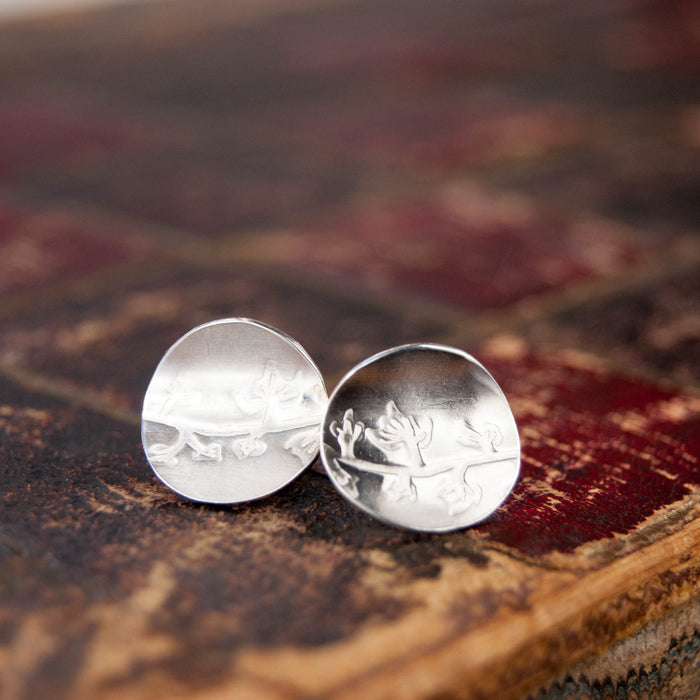 Silver circle leaf earrings