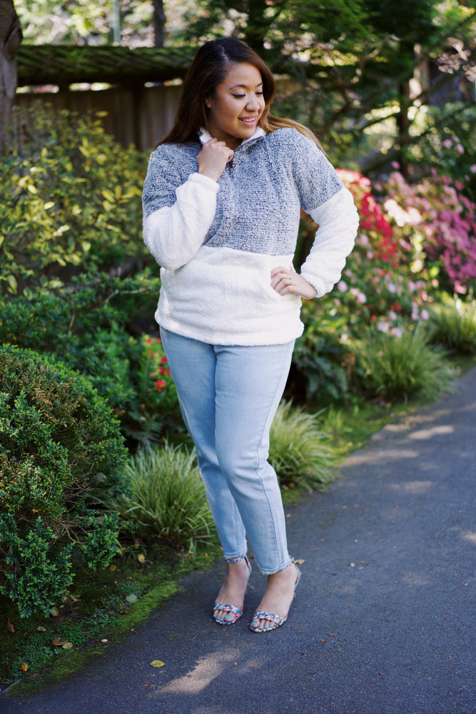 Teddy Block Pullovers - Leina Shine