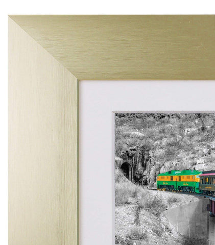 Golden State Art Gold Color Satin Aluminum Landscape Or Portrait Table-top Picture Frame With Ivort Color Mat & Real Glass (5x7)