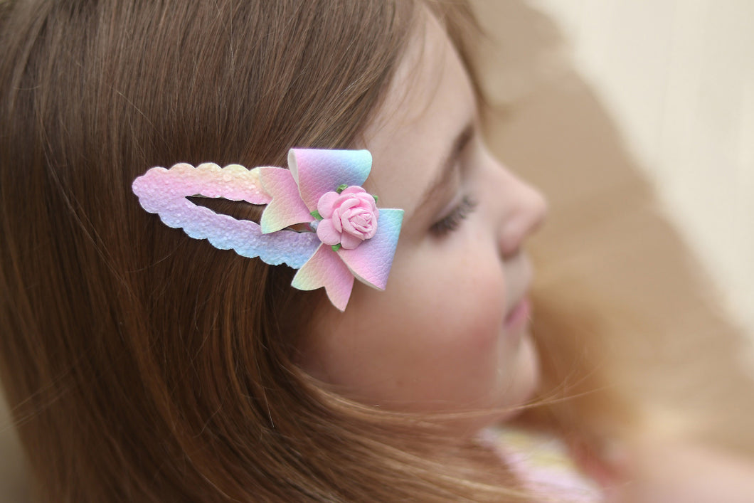 Snap Hair Clip (Large - 7.5cm) - Rainbow Bloom