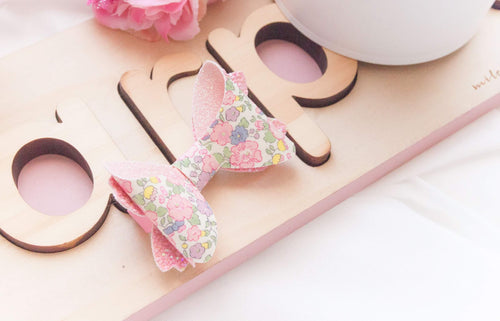 Avery Bow (Medium) - Pink Floral