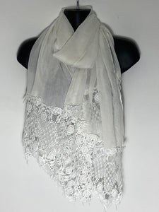 White lace deep edge scarf