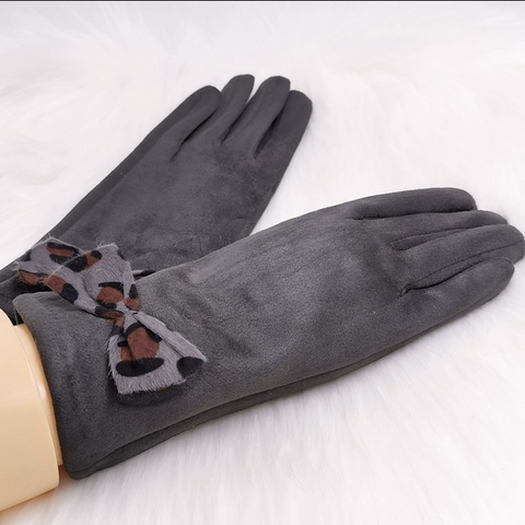 Grey Leopard Print Bow Gloves