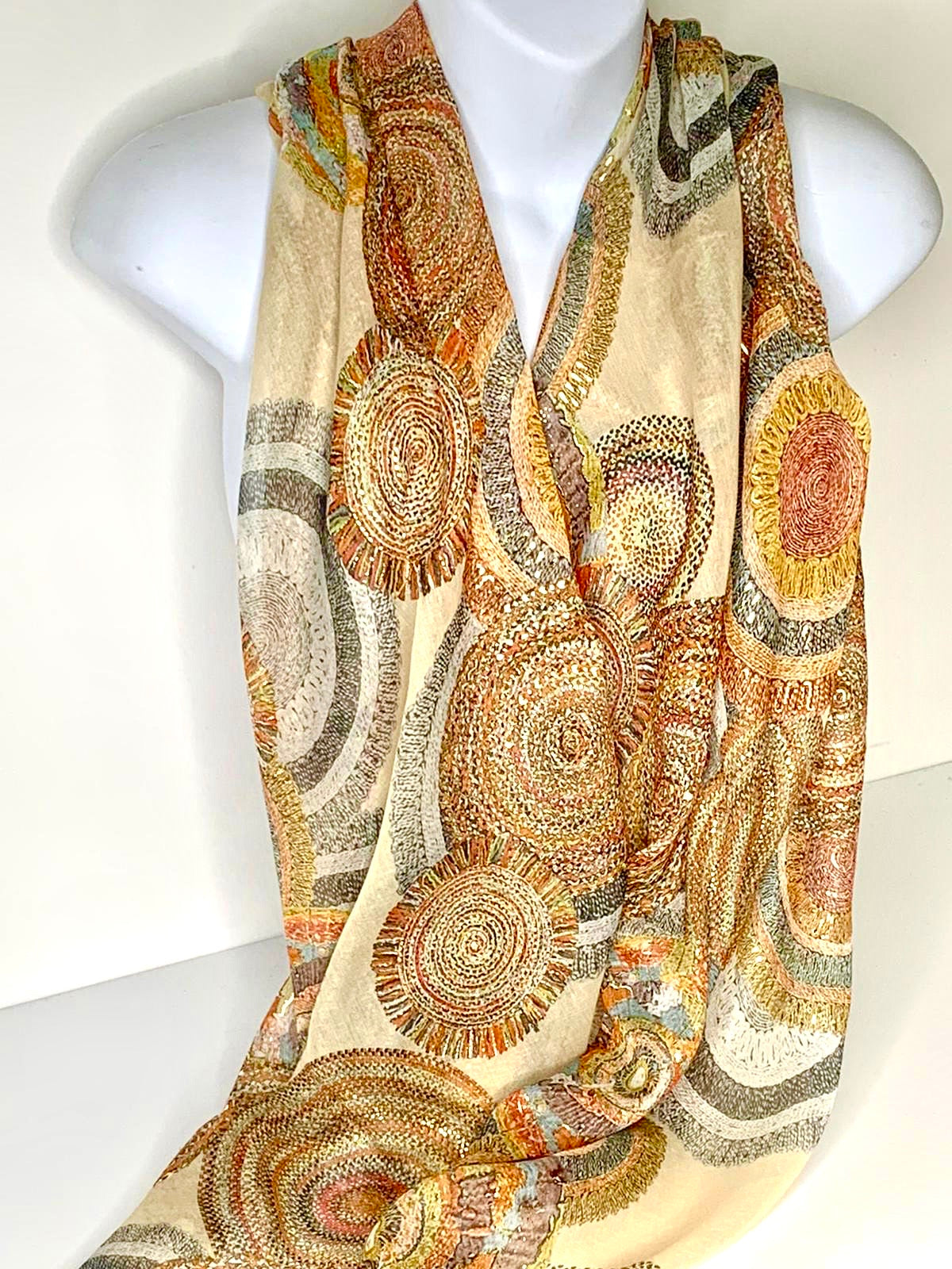 Natural foil circle pattern scarf