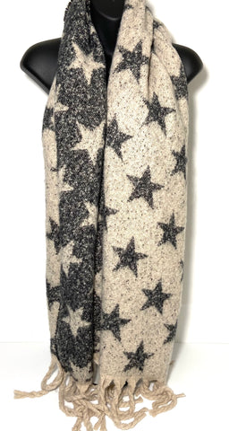 Reversible super soft mouflon star scarf in cream and grey