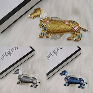Dachshund (sausage dog) magnetic brooch