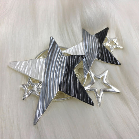 Star burst style magnetic brooch