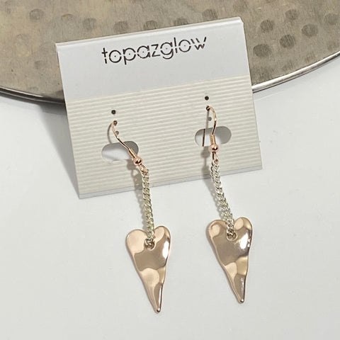 Chain suspended heart earrings