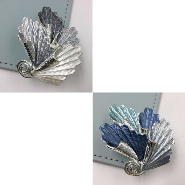 Sea shell style magnetic brooch