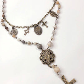 *Melania Clara Talia Necklace