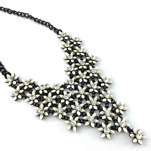 Flower Shape Necklace, Ivory | Fashion Jewellery Outlet