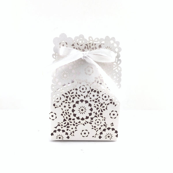 White Paper Gift Box | Fashion Jewellery Outlet