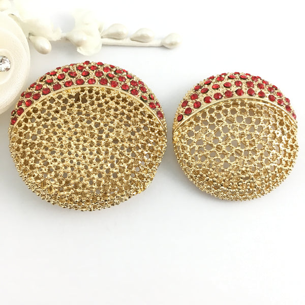 Filigree Round Brooch Pin Gold with Red Rhinestones | Fashion Jewellery Outlet