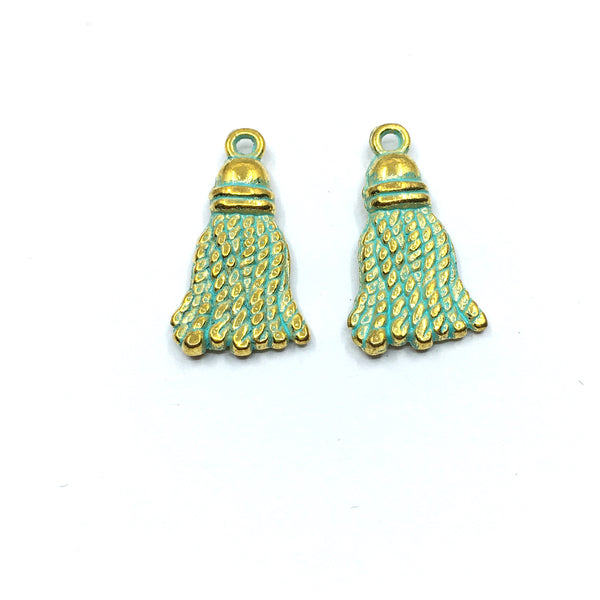 20mm Green Alloy Tassel Charm | Fashion Jewellery Outlet
