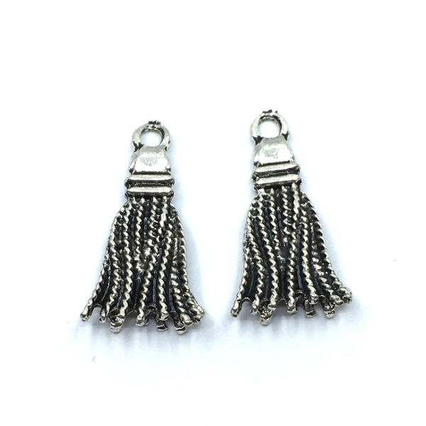 21mm Antique Rhodium Alloy Tassel Charm | Fashion Jewellery Outlet