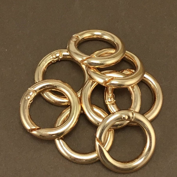 8 Gold Plated Key Chain Rings, 25mm | Fashion Jewellery Outlet