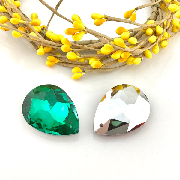Glass Teardrop Pendant, Emerald Green | Fashion Jewellery Outlet