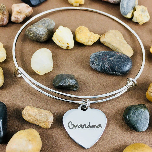 Adjustable bracelet with word charm | Fashion Jewellery Outlet