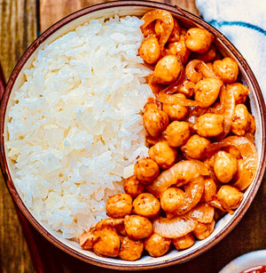 Sautéed chickpeas and garlic rice
