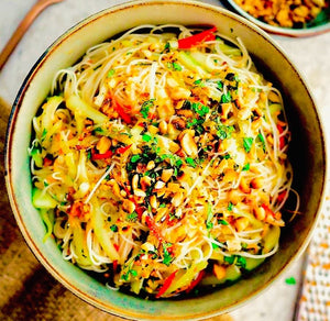 Rice noodle salad with cucumbers