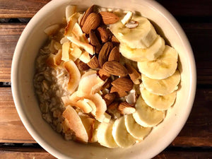 Almond and Vanilla Oatmeal