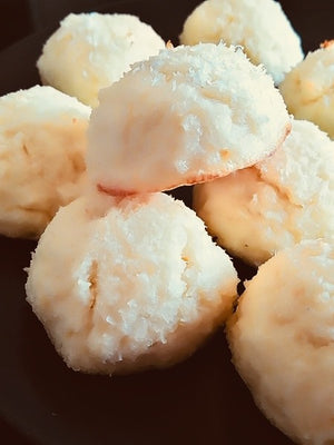 Coconut macaroons - no added sugar