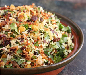 Indian rice with chickpeas and raisins