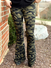 Load image into Gallery viewer, Camo Dreams Bell Bottom Leggings