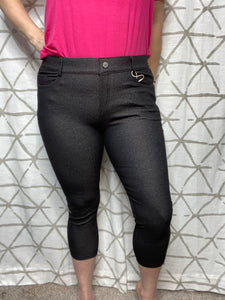 My Perfect Capri Jeggings in Black