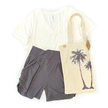Load image into Gallery viewer, A Palm Tree Breeze Shoulder Bag