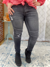 Load image into Gallery viewer, Drive Me Wild KanCan Black Moto Jeans