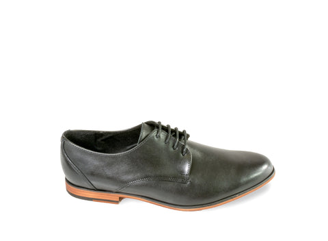 TROTTERSA BLACK LEATHER