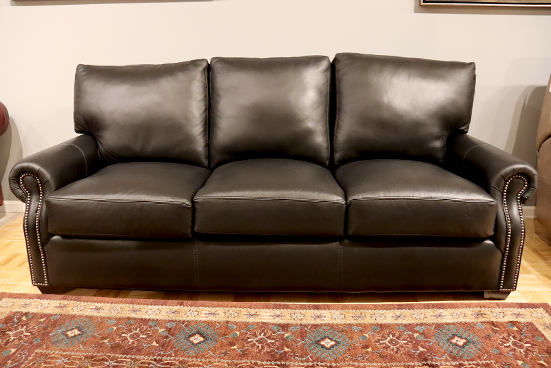 535 CP Leather Sofa - Factory Outlet