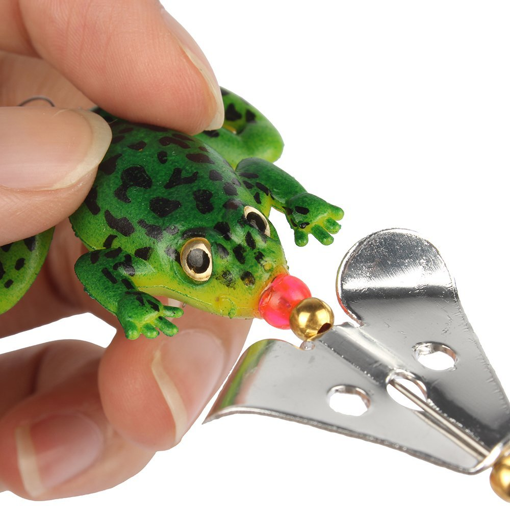 NEW SPINNING FROG FISHING LURE SET (4 PCS/SET) JUST COVER SHIPPING! - The Oasis Lab