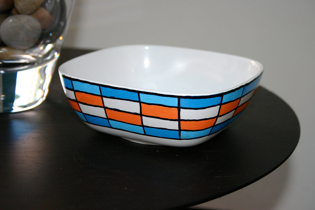 Painted Bowl Using Paint Markers