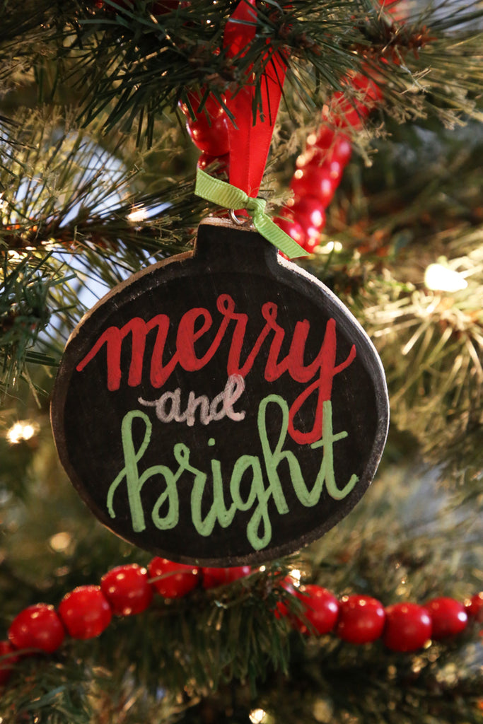 Super Simple Chalkboard Ornament Project