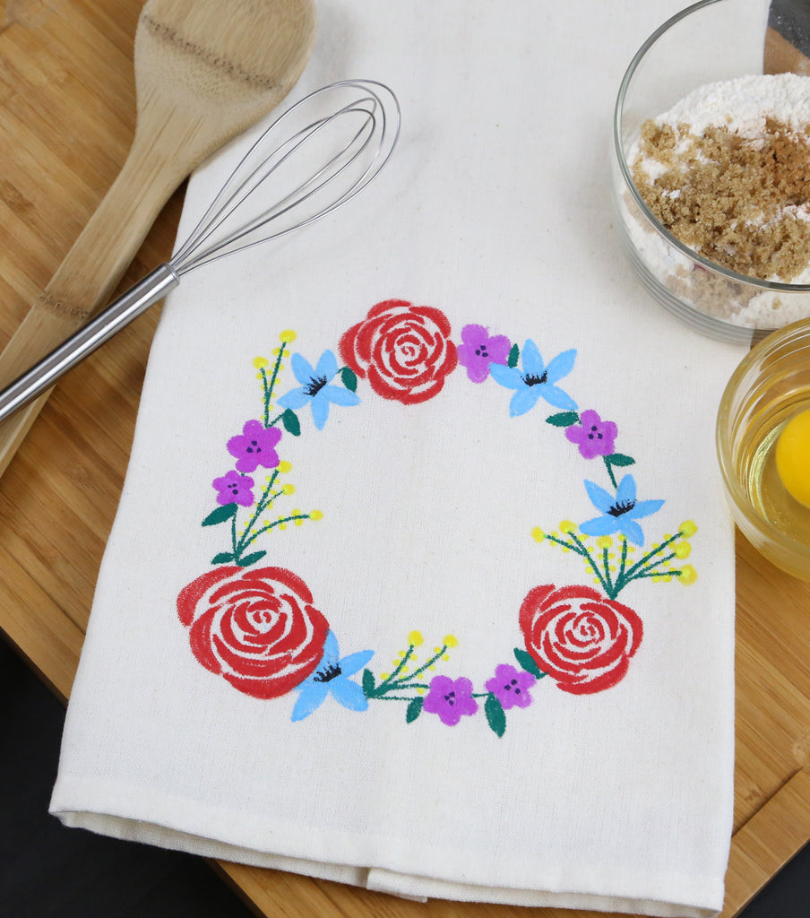 Custom Kitchen Towel Using Fabric Markers