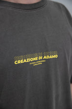 "Load image into Gallery viewer, ""Creazione di adamo"" T-Shirt Black Coffee"