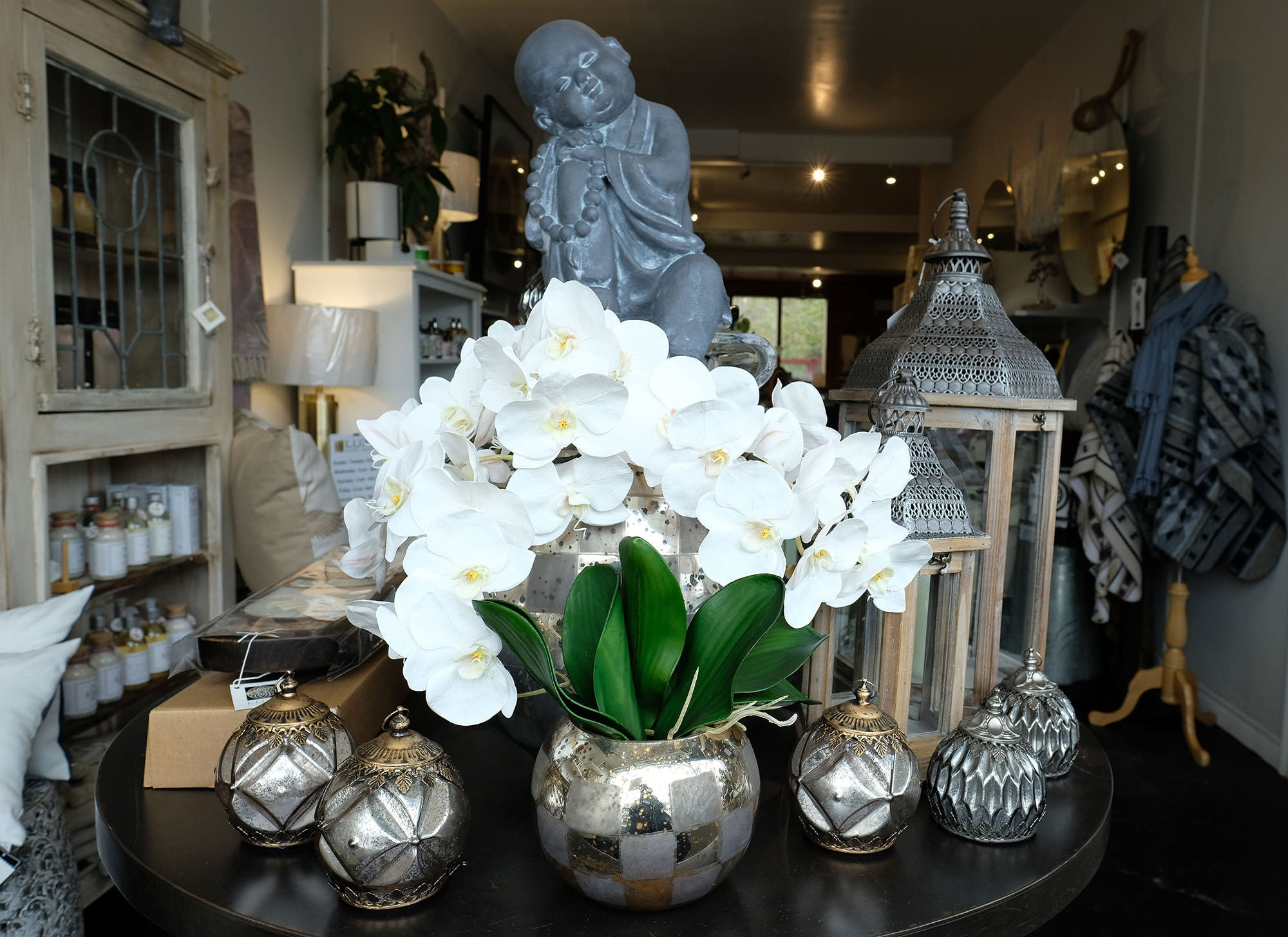 Luxe Home Décor outdoor accessories including Buddha