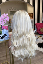 Load image into Gallery viewer, Josslyn Rookie Illusion Wig