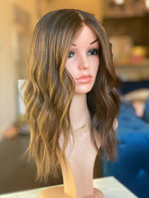 Load image into Gallery viewer, Teegan Intimate Wig