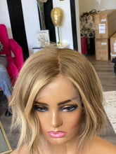 Load image into Gallery viewer, Kai Silk Wig