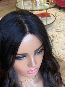 Fable Euro Illusion Wig-detailed hairline