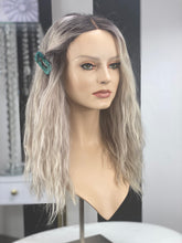 Load image into Gallery viewer, Khloe Rookie Illusion Wig