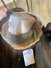 Load image into Gallery viewer, Victoria Intimate wig