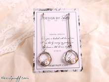 Load image into Gallery viewer, Pearl Line Earrings