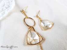 Load image into Gallery viewer, Aurora Crystal Earrings