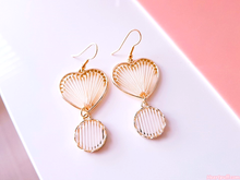 Load image into Gallery viewer, Honey Love Earrings